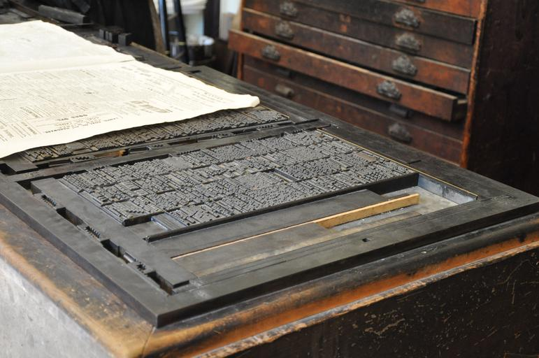stará tiskárna