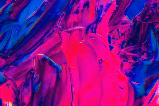 modrá a růžová barva