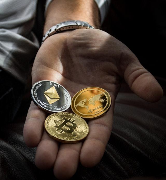 bitcoin v ruce (1)